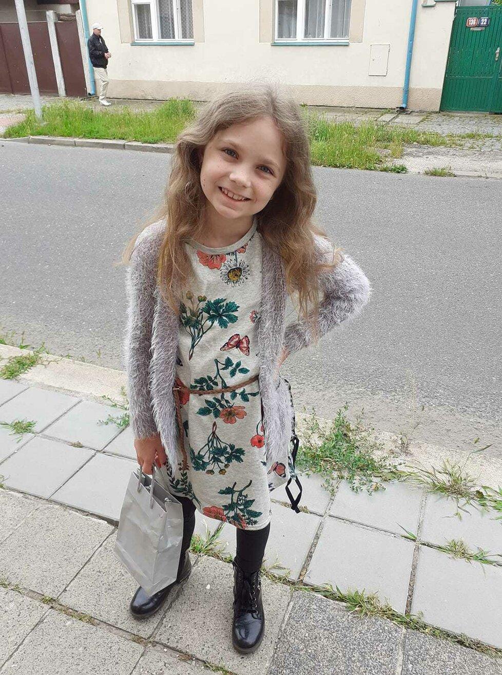 Vysvědčení u našich celebrit: Dcerka zpěvačky Míši Noskové roste do krásy!