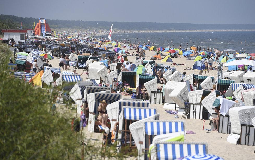 Němci vzali útokem pláže (27.6.2020)