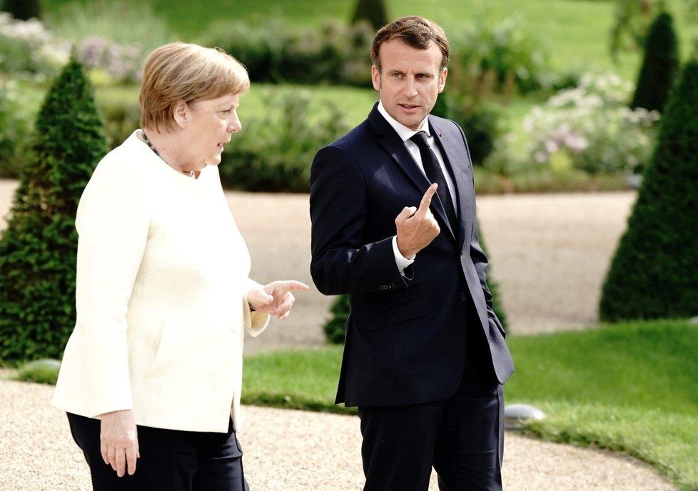 Německá kancléřka Angela Merkelová a francouzský prezident Emmanuel Macron (29. 6. 2020)