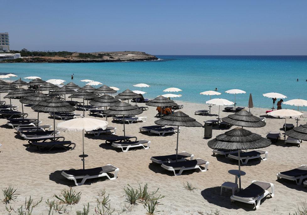 Pláže na Kypru během koronakrize
