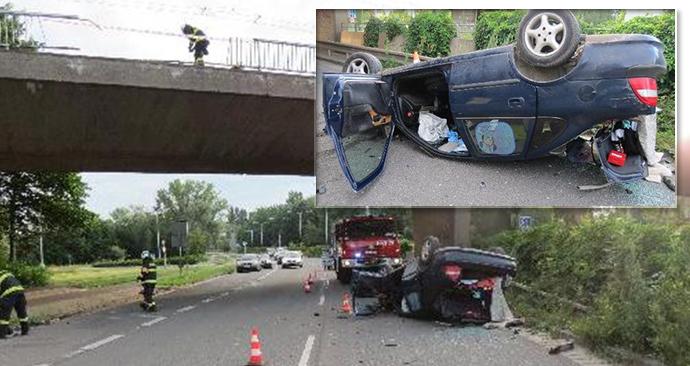 Opilý muž projel zábradlí na mostě a spadl z něj.
