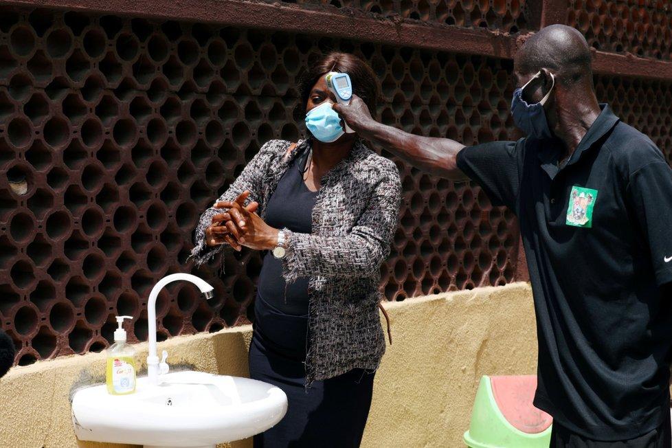 Koronavirus v nigerijském Lagosu (14. 7. 2020)