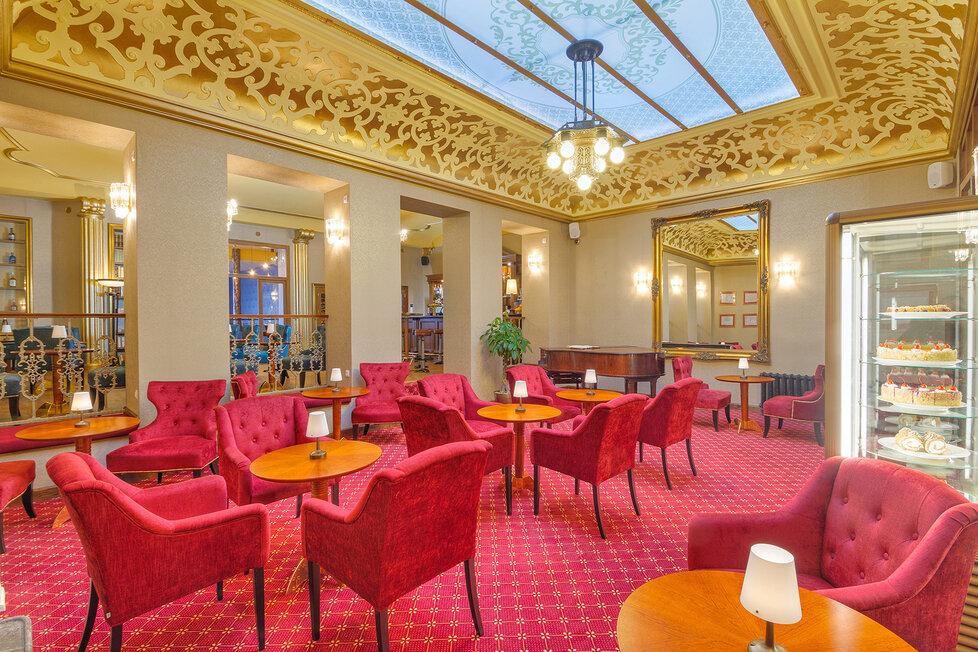 Hotel Pawlik-Aquaforum nám ukázal své zařízení krůček po krůčku. Kromě čtyřhvězdičkového resortu nabízí i méně luxusní hotely