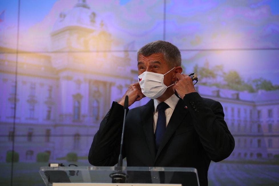 Tisková konference amerického ministra zahraničí Mikea Pompea a premiéra Andreje Babiše (ANO). Hlavními tématy byly vliv Ruska a Číny a dostavba jaderné elektrárny Dukovany. (12.8.2020)