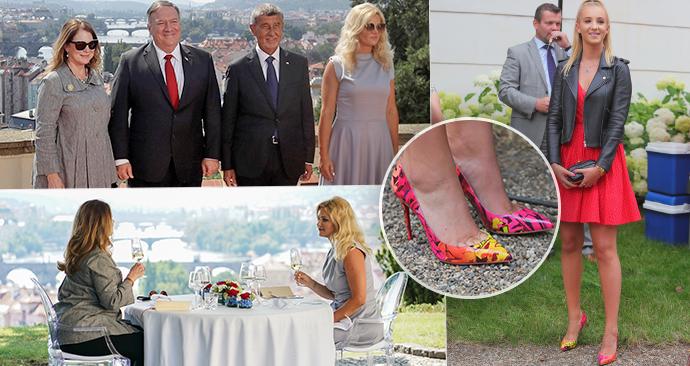 Manželka premiéra Babiše měla na nohou stejný model bot jako před rokem její dcera Vivien.