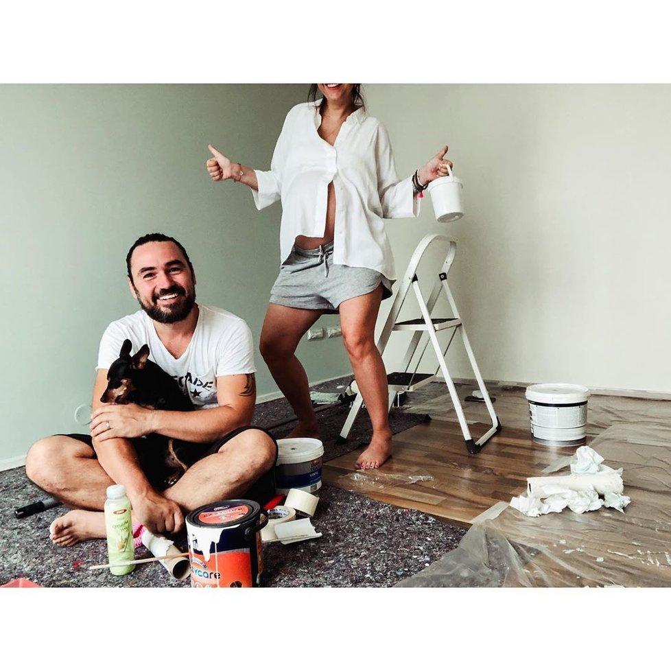 Veronika a Biser Arichtevovi chystají dětský pokojíček