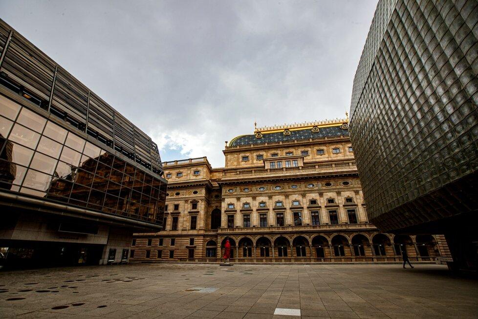 Ve čtvrtek 3. září bylo v Národním divadle 15 zaměstnanců nakažených koronavirem.