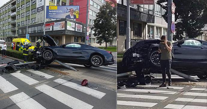 Štěpán ve svém BMW havaroval v Pardubicích.