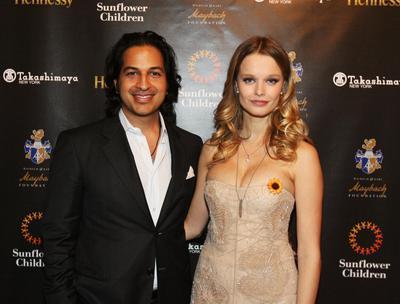 Za miliardáře Omara  Amaneta byla vdaná  pět let. Od roku 2008  do roku 2013.