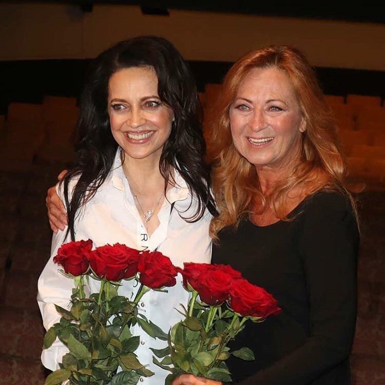 Lucie Bílá slavnostně otevřela své divadlo, hvězdným hostem byla Simona Stašová.