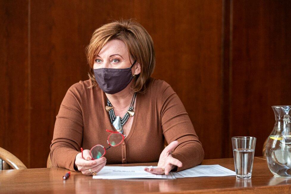 Ministryně financí Alena Schillerová při rozhovoru pro Blesk.