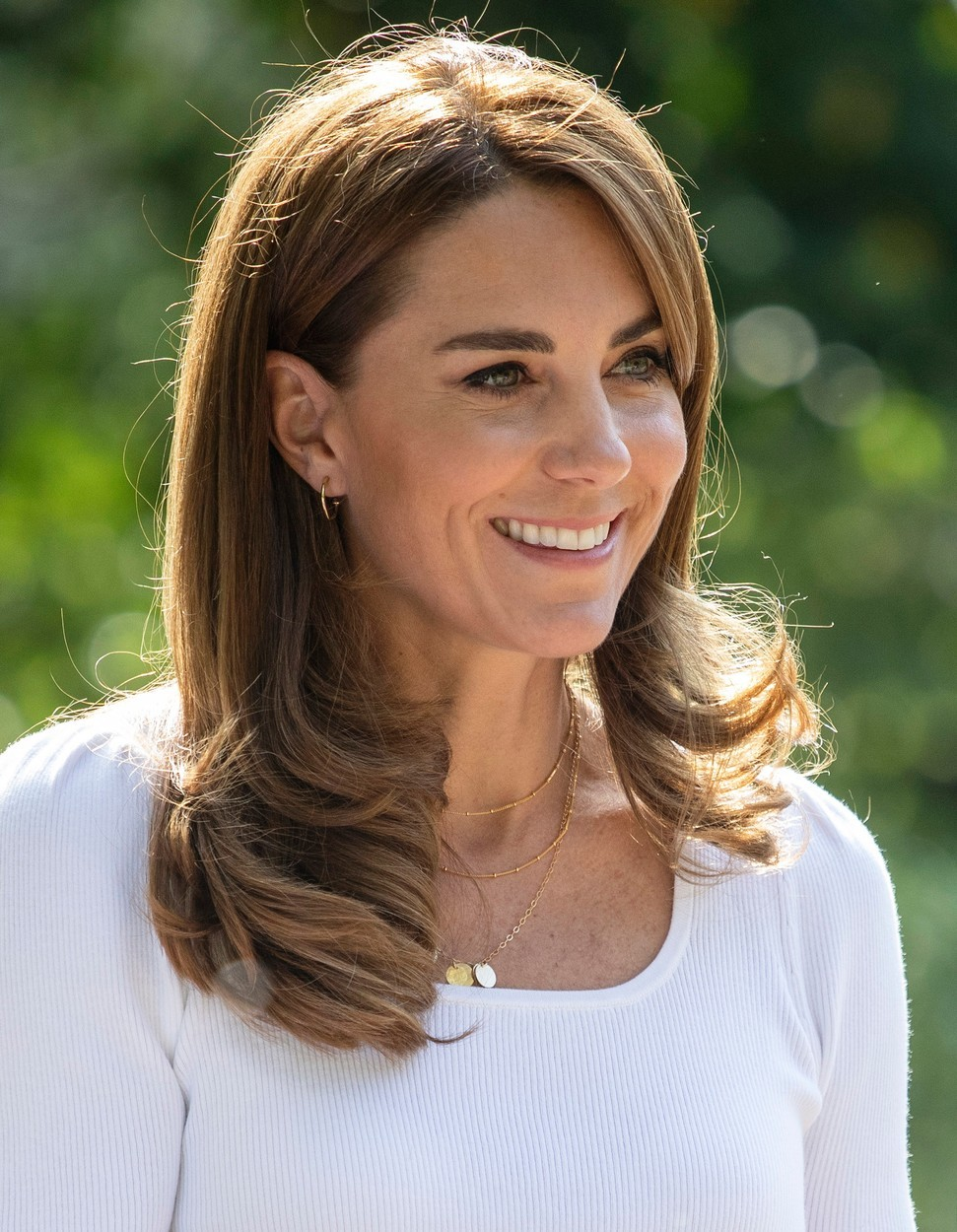 Kate Middleton si oblíbila včelí jed. Pravidelně dochází do salonu na pleťovou masku s touto neobvyklou ingrediencí.