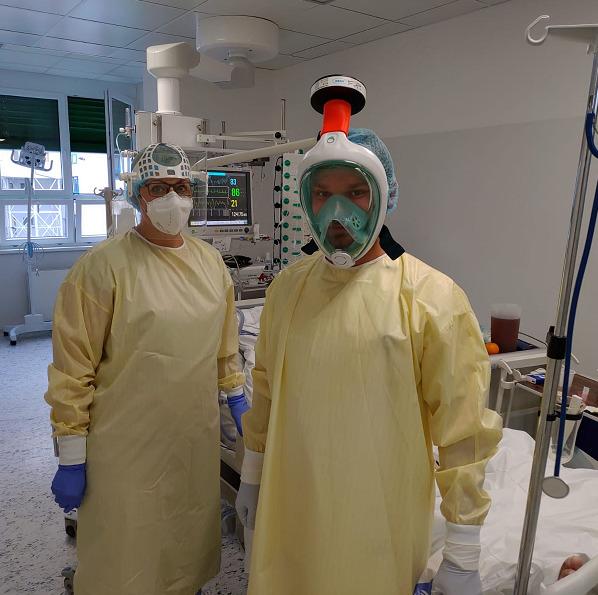 Lékaři z infekčních oddělení varují před podceněním covidu-19 (6. 10. 2020).