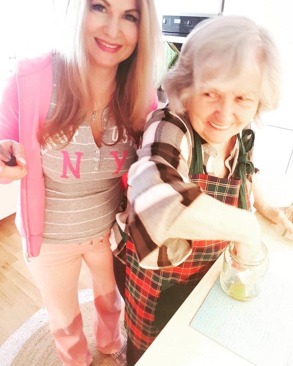 Yvetta Blanarovičová se svou maminkou