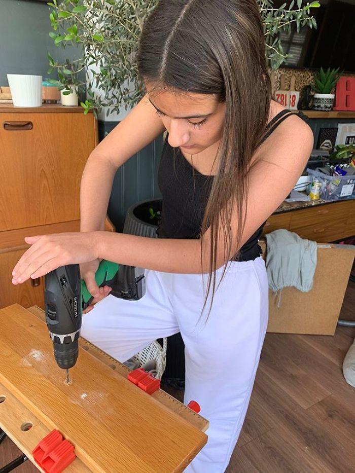 12letá dívka zrekonstruovala dům za pouhý týden! Za úpravy utratila necelé tři tisíce