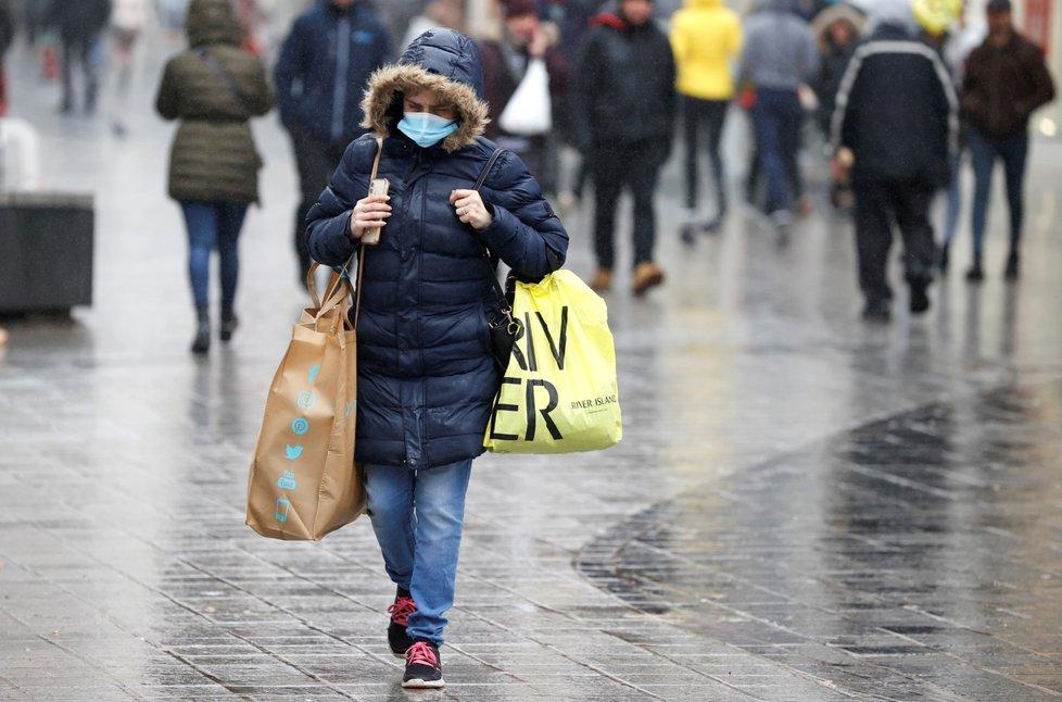 Koronavirus ve Velké Británii (12. 10. 2020)