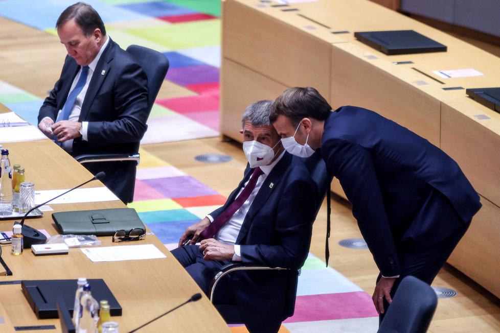 Andrej Babiš na summitu EU v Bruselu s Emmanuelem Macronem (15.10.2020)