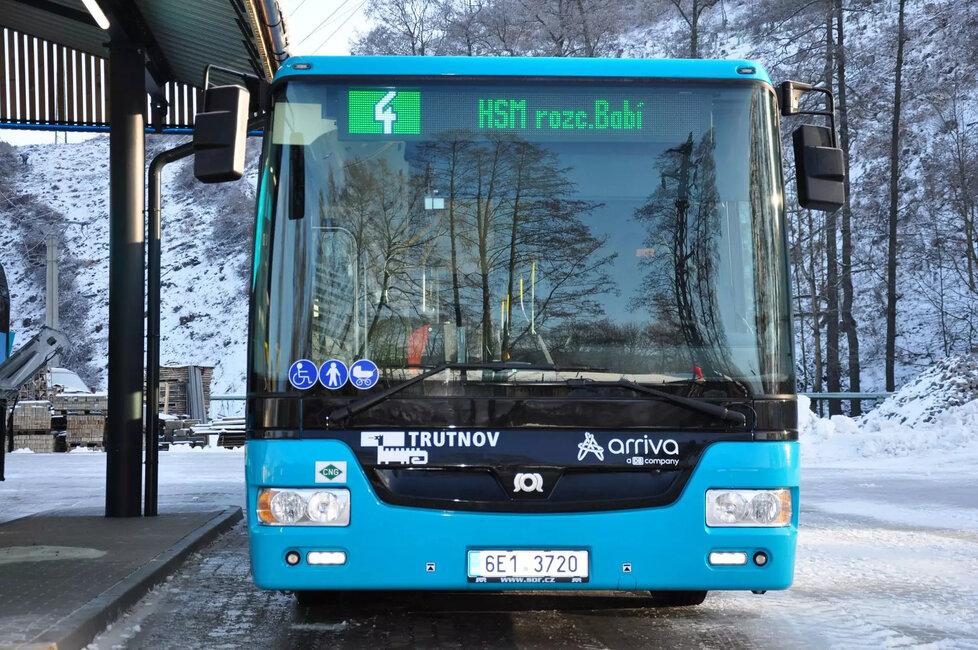 Autobus společnosti Arriva v Trutnově