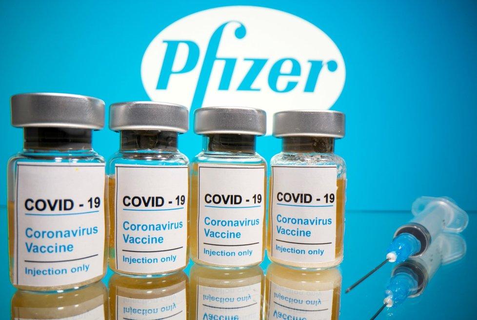 Vakcína společnosti Pfizer budí naděje.