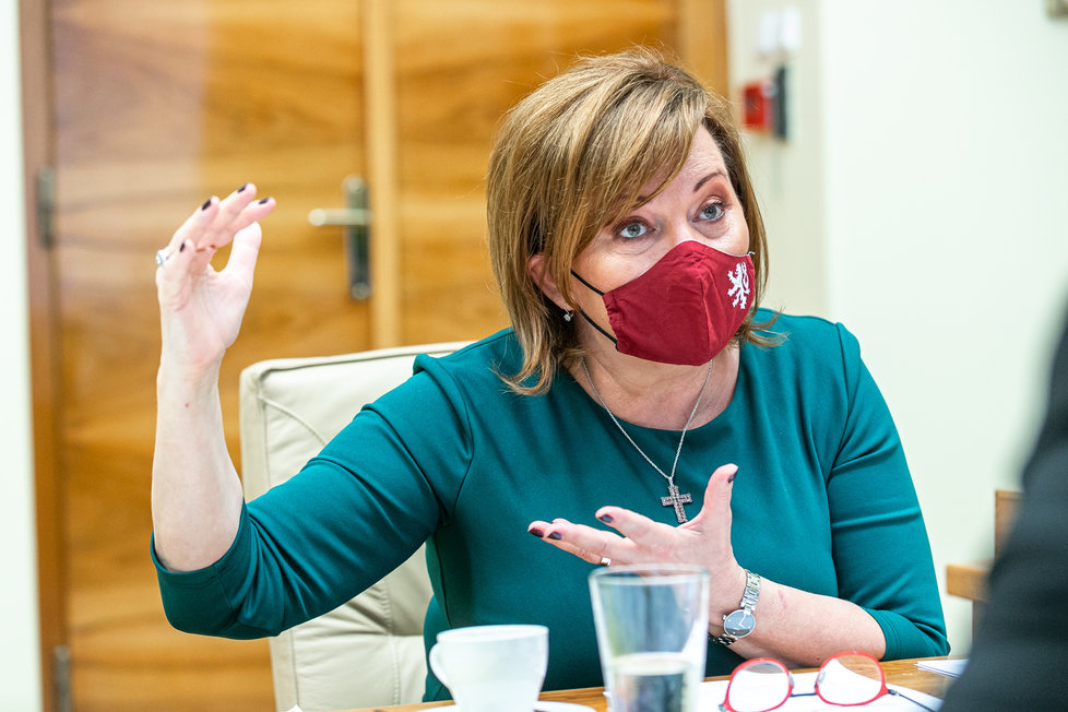 Alena Schillerová (za ANO) během rozhovoru pro Blesk