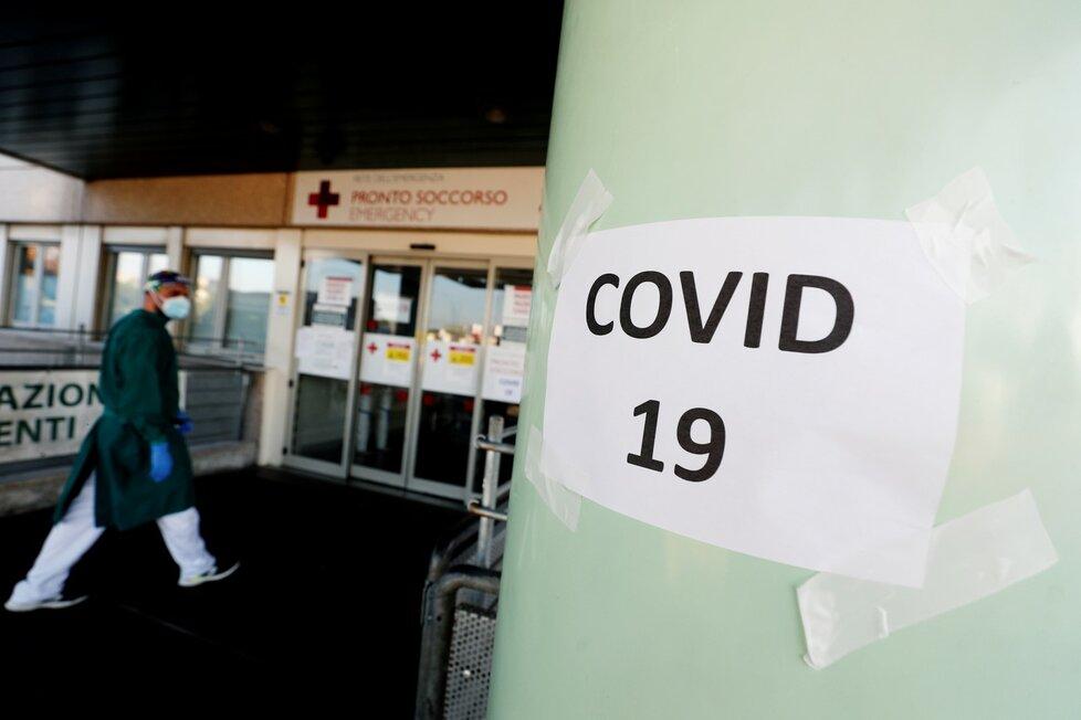 Koronavirus v Itálie: Snímky z nemocnic ukazují, že epidemie opětovně nabírá na síle (14.11.2020)