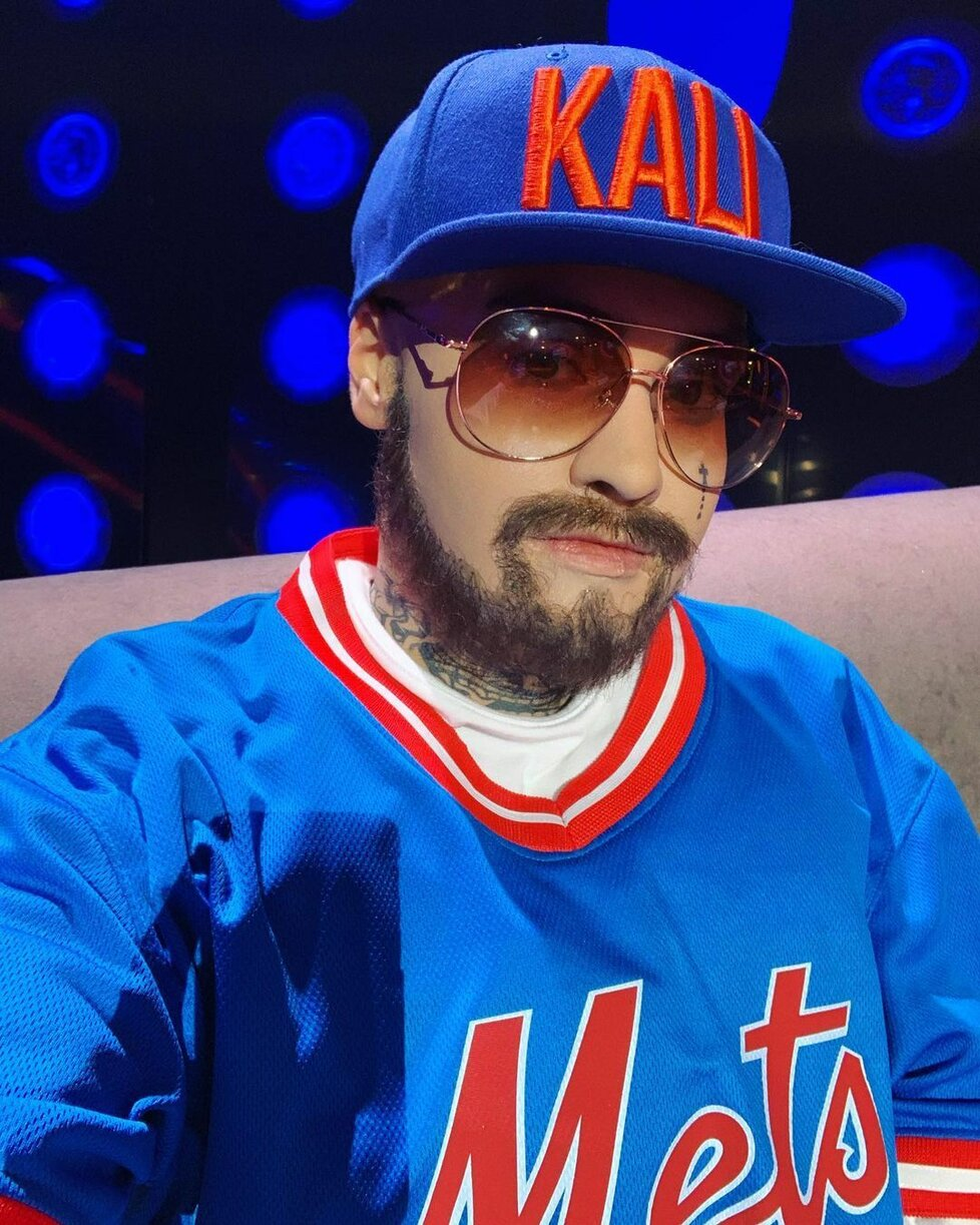 Andrea Kalousová v Tvojí tváři jako rapper Kali.
