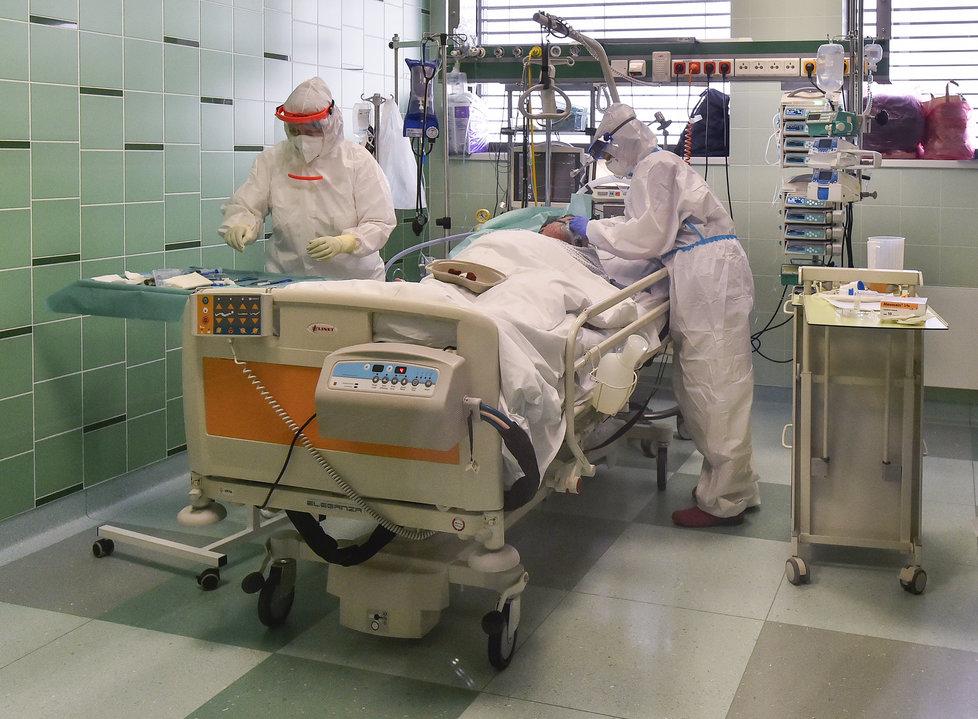 Boj s koronavirem v nemocnici v Jihlavě