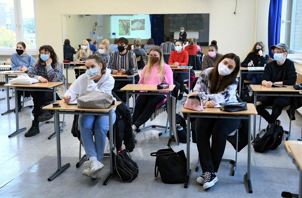 Výuka v době pandemie v Bonnu.