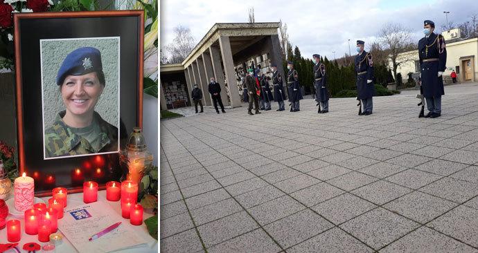 Pohřeb Michaely Tiché v pražských Strašnicích, 20. listopadu 2020.