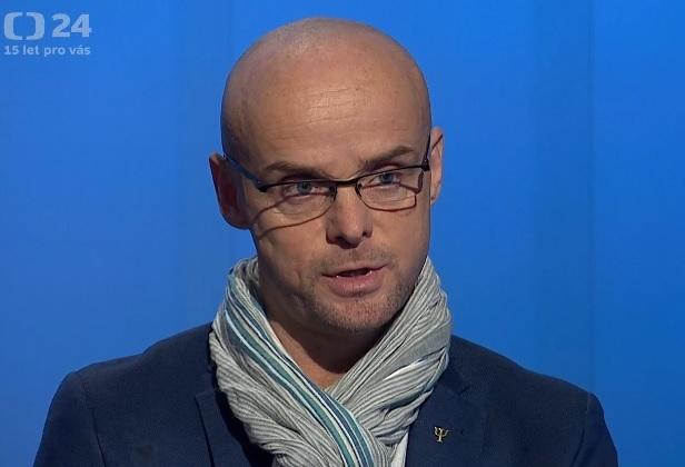 Psycholog Daniel Štrobl v Interview ČT24 (21. 11. 2020)