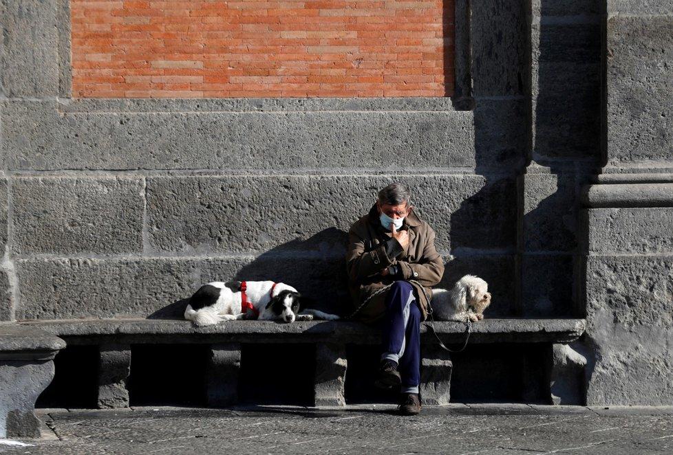 Koronavirus v italské Neapoli (listopad 2020)
