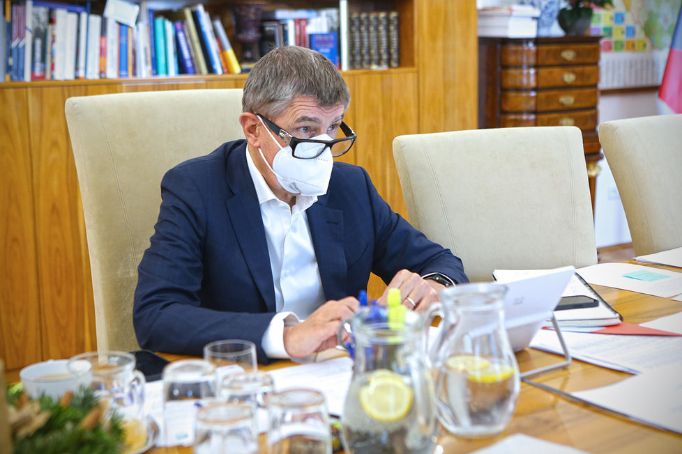 Andrej Babiš (ANO) během jednání vlády