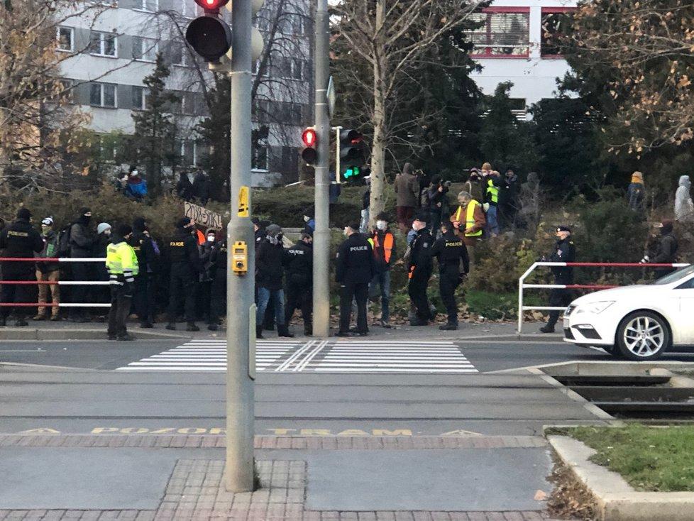 Protest proti postupu ministerstva životního prostředí v případu otravy Bečvy (2.12.2020)
