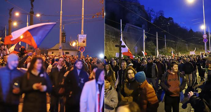 V Praze se 7. prosince sešel další protest proti vládním opatřením. Průvod z Václavského náměstí se vydal přes centrum k Úřadu vlády.