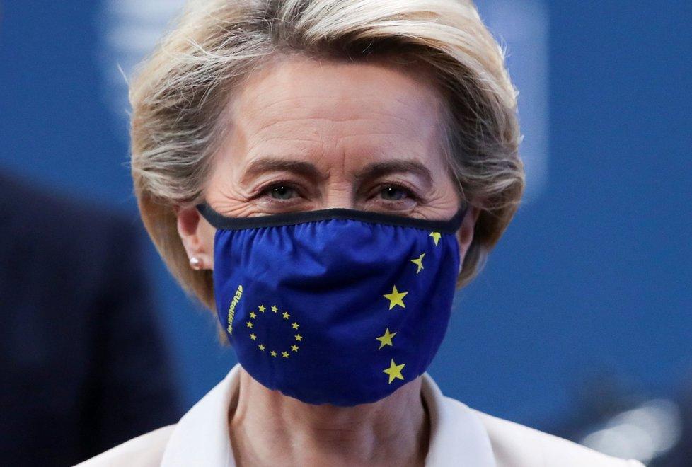 Šéfka Evropské komise Ursula von der Leyenová na summitu evropských lídrů v Bruselu (10. 12. 2020)