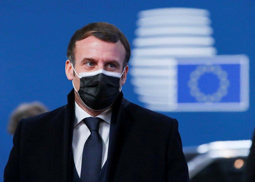 Francouzský prezident Emmanuel Macron na summitu evropských lídrů v Bruselu (10. 12. 2020)