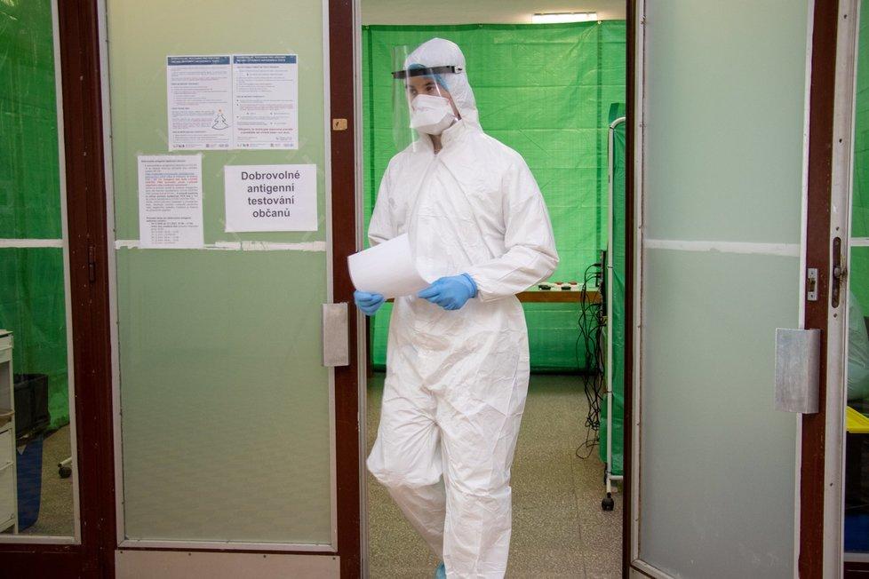 Testování na koronavirus ve Fakultní nemocnici Ostrava