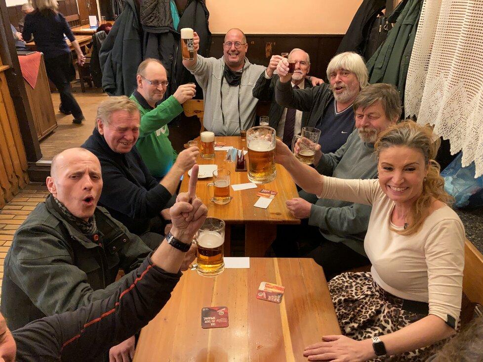 Restaurace a hospody v Česku těsně před dalším zavřením (17. 12. 2020)