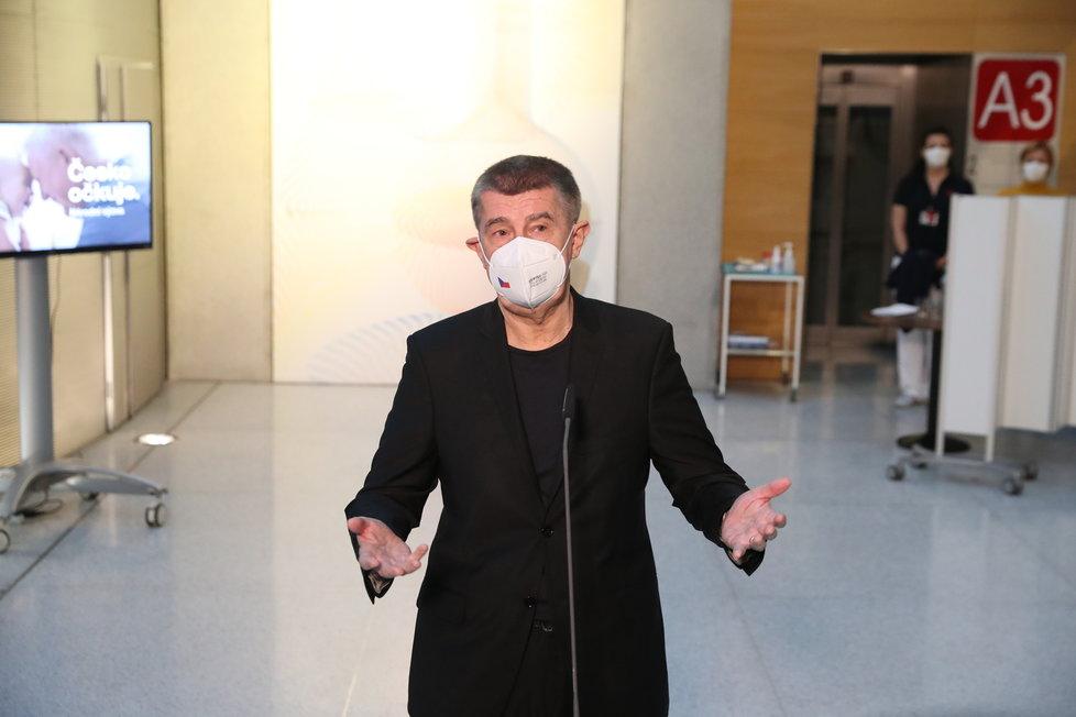 Premiér Andrej Babiš (ANO) po očkování proti covidu (27.12.2020)