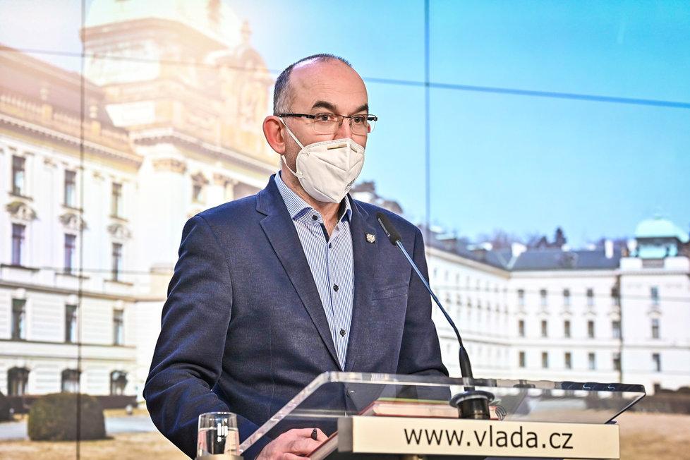 Jan Blatný (za ANO) na tiskovce po jednání vlády