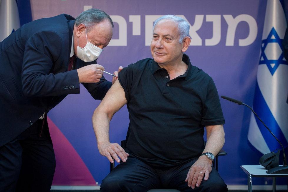 Izraelský premiér Netanjahu dostl druhou dávku vakcíny proti covidu (9.1.2021)