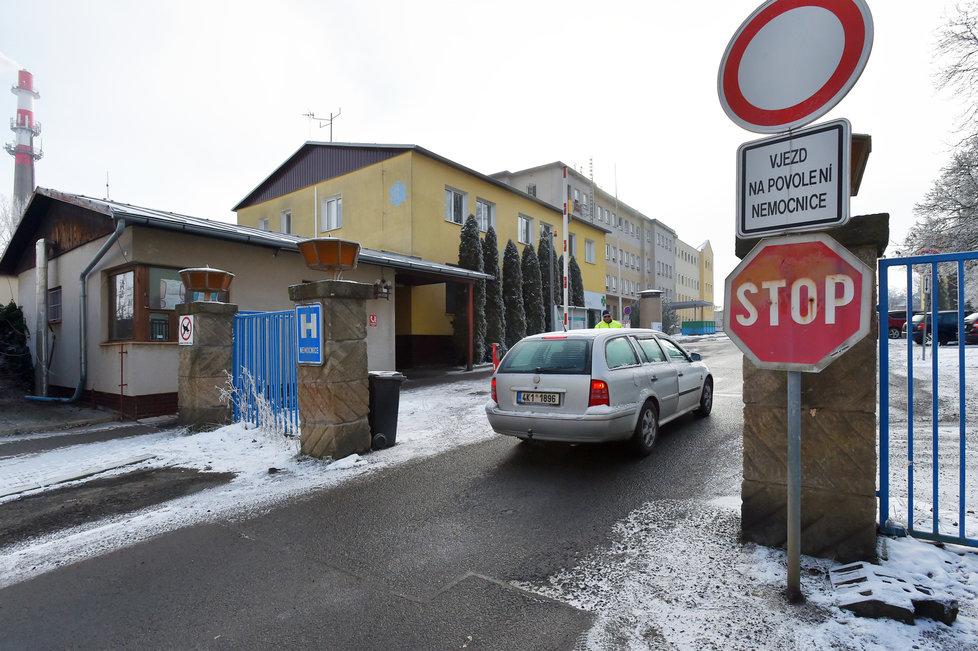 Přetížená nemocnice v Chebu (11.1.2021)