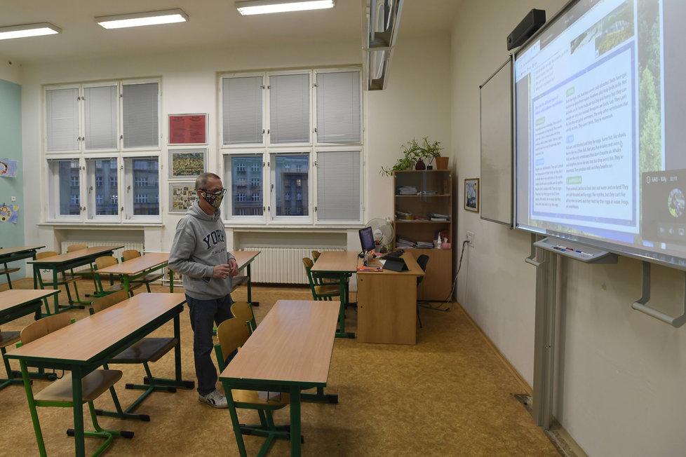 Distanční výuka v jedné z pražských škol.