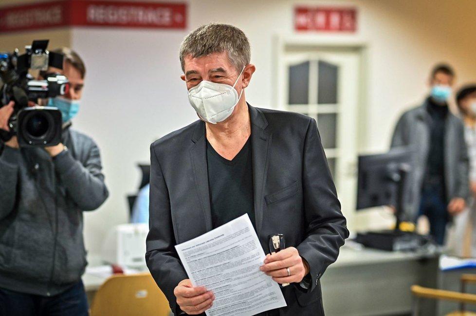 Premiér Andrej Babiš (ANO) dostal druhou dávku vakcíny proti koronaviru (24.1.2021)