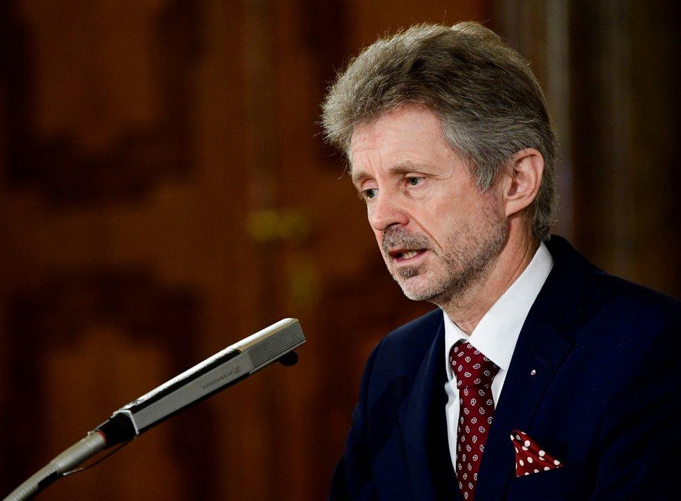 Předseda Senátu Miloš Vystrčil vystoupil v Praze na vzpomínkové setkání při příležitosti Dne památky obětí holokaustu a předcházení zločinům proti lidskosti (27. 1. 2021)
