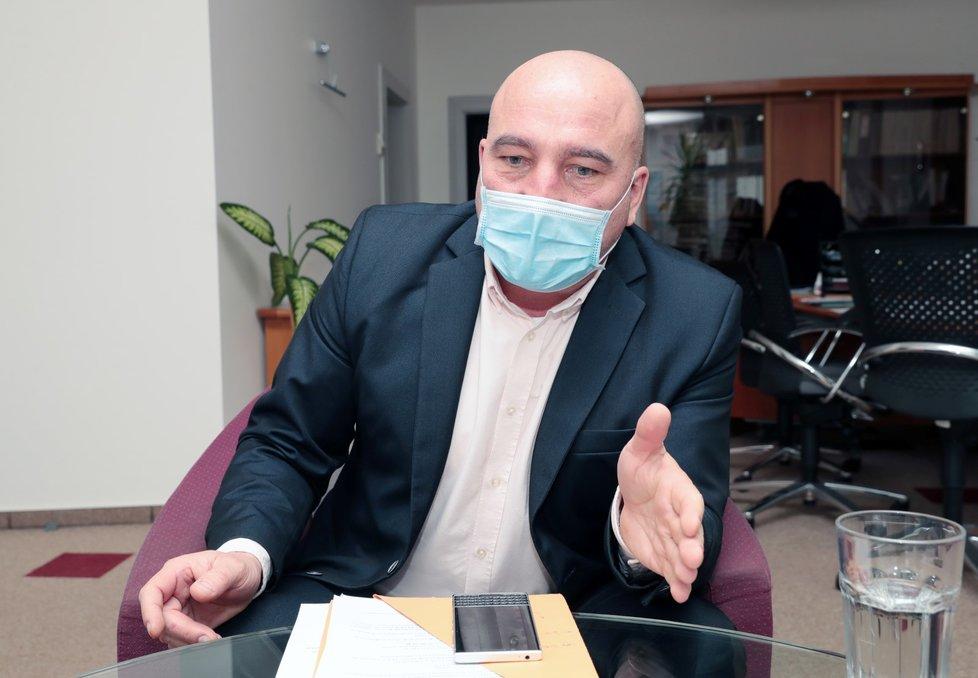 Ředitel Všeobecné zdravotní pojišťovny (VZP) Zdeněk Kabátek během rozhovoru pro Blesk (27. 1. 2021)