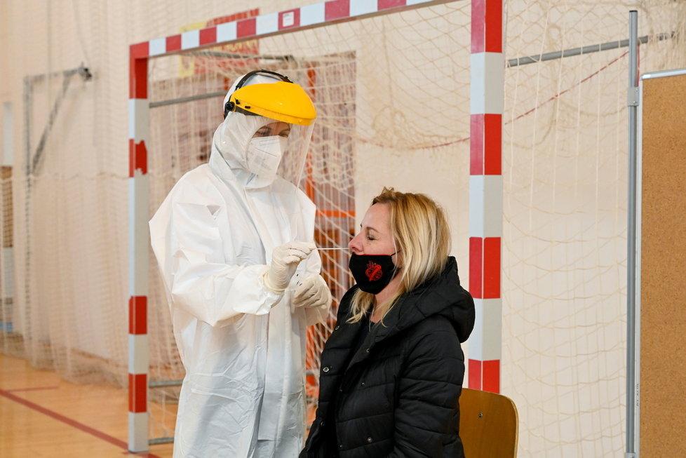 Testování na koronavirus v Polsku