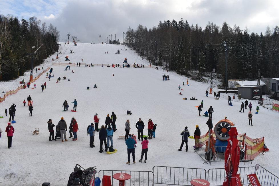 Češi na horách: Skiareál Vaňkův kopec na Ostravsku (31.1.2021)