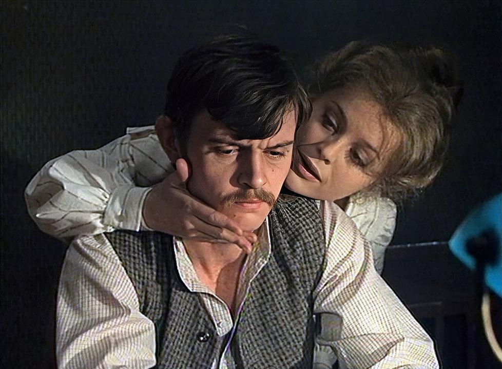 Ustaraného Francina skvěle ztvárnil Jiří Schmitzer, v roce 1983 si zahrál v další hrabalovské adaptaci, Slavnostech sněženek.