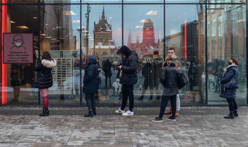 Uvolnění opatření v Polsku: Obchody opět otevřely (únor 2021)